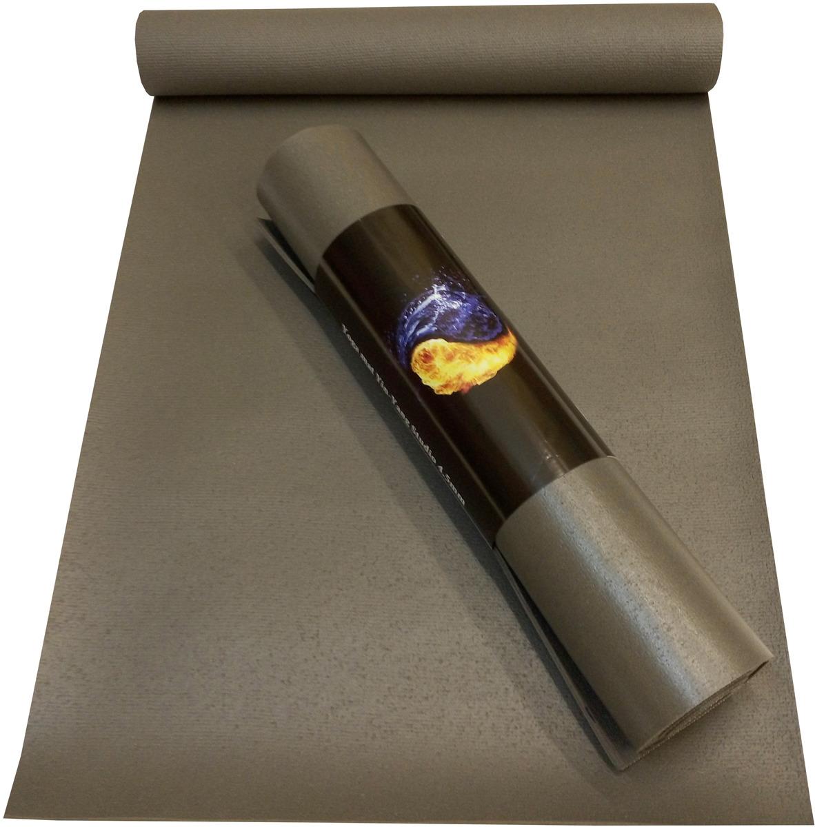 Коврик для йоги Ako-Yoga Yin-Yang Studio, цвет: серый, 175 х 60 х 0,45 см8000728147133Коврик для йоги Yin-Yang Studio толщиной 4,5 мм – без сомнения можно назвать самым популярным ковриком для йоги в России. Широкая цветовая гамма, умеренный вес, отсутствие запаха, идеальная сцепка с любой поверхностью пола, отличные противоскользящие свойства, всё это привлекает как новичков так и профессиональных йогинов. Yin-Yang Studio толщиной 4,5 мм – это качество проверенное временем сли Вы хотите себе надежный и износостойкий коврик - это Ваш вариант. Коврик сделан по уникальной технологии, которая позволяет Вам не заботится о нагрузках в практике с боязнью, что главный аксессуар для практики подведет Вас. Толщина 4,5 мм идеальна для любого стиля йоги. Например, для йоги Айенгара он будет очень хорош при начале практики, т.к. коврик не слишком жесткий. Для Аштанги йоги это самая оптимальная толщина при небольшом весе коврика. Для всех остальных любителей Хатхи йоги он просто будет самым верным спутником жизни.