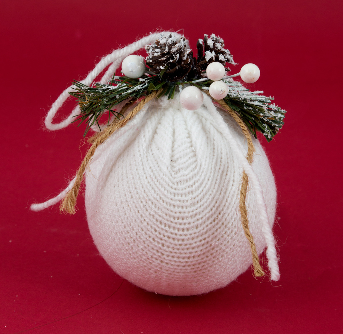 Игрушка ёлочная Русские подарки Шар, 8 см. 170203 игрушка ёлочная русские подарки зимние мотивы олень 8 х 1 х 8 см