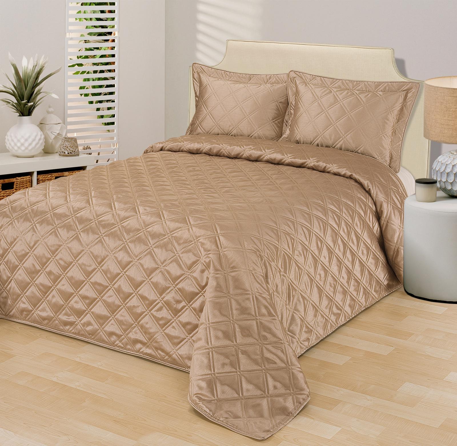Комплект для спальни Sofi De Marko: покрывало, 240 х 260 см, 2 наволочки, цвет: бежевый. Пок-12-МБ