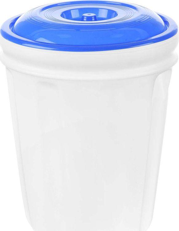 Бак Альтернатива, M458, белый, синий, 40 лM458_синий/белыйБак Альтернатива на 40 литров, изготовленный из прочного пищевого пластика, предназначен для транспортировки и хранения пищевых жидкостей. Изделие безопасно для здоровья, герметично, устойчиво к растрескиванию, легко очищается и не сохраняет нежелательных запахов. Имеет широкое удобное отверстие, которое прочно закручивается крышкой, а для удобства переноски имеются встроенные ручки. Также можно использовать на дачных участках для хранения поливочной воды, компоста, в качестве емкости для сыпучих строительных материалов.