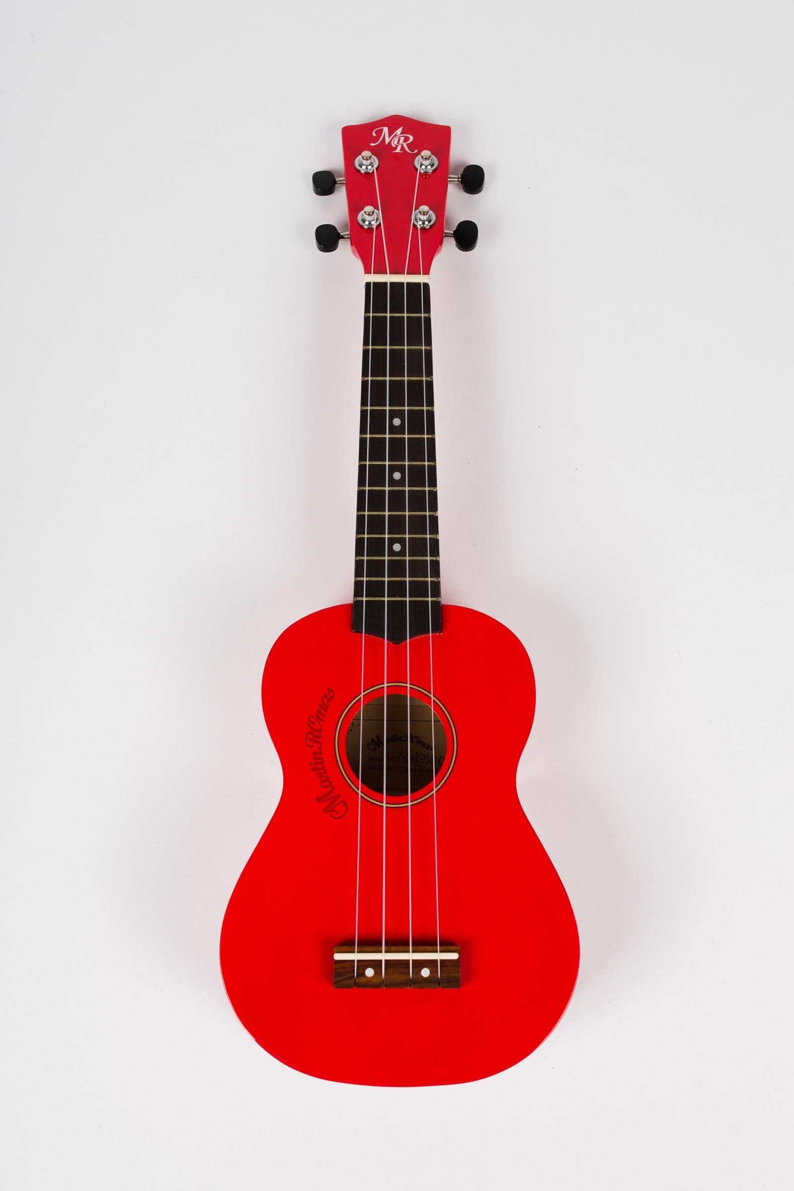 Укулеле сопрано Martin Romas, чехол в комплекте, цвет: красный, 21