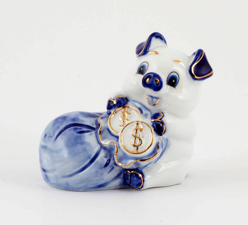 Фигурка праздничная Русские Подарки Богатая хрюшка, 6 х 9 х 8 см елочная игрушка русские подарки шар 8 х 8 х 8 см 276465