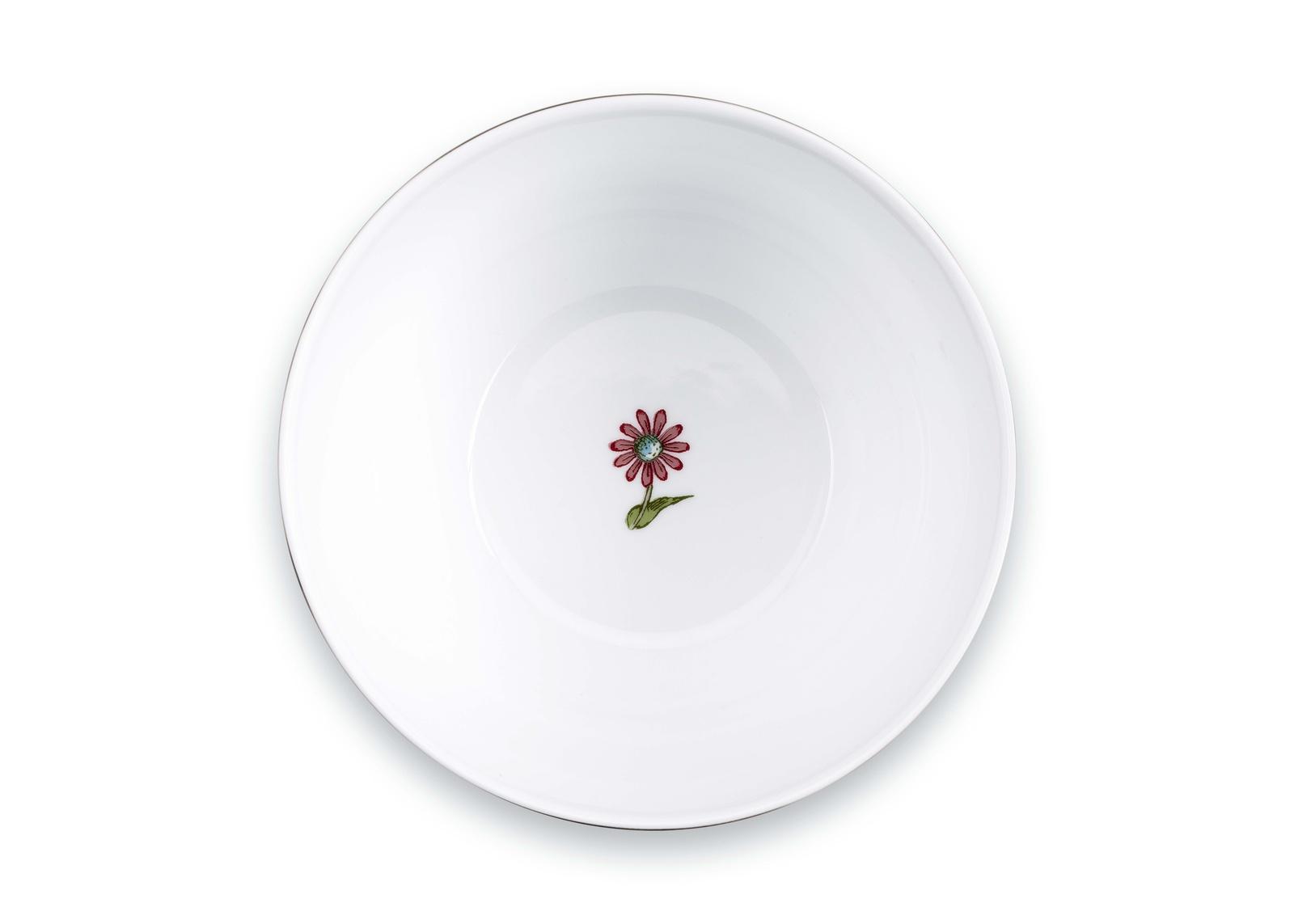 Пиала PiP Studio Spring to Life, 51.003.101, диаметр 15 см51.003.101- Материал: фарфор. Цвет: розовый. Размер: длина 15, ширина 15, высота 8,1. Не использовать в микроволновой печи, не мыть в посудомоечной машине.