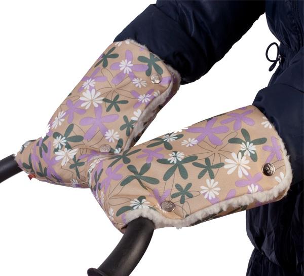 Муфты-рукавички Чудо-чадо Ромашки, МРМ12-000, бежевый розовый зеленыйМРМ12-000Муфты-рукавички от Чудо-чадо порадуют новизной и практичность. Такие же тёплые, как целая муфта, но совершенно новый стильный вид! Подходят для коляски с разъёмной ручкой Обладательницы колясок с двумя ручками больше не будут чувствовать себя обделёнными, глядя на мамочек с уютными муфтами. Специально для них – муфты-рукавички, каждая рука согрета отдельно. Разнообразие расцветок позволяет подобрать муфту-рукавички к цвету коляски, в комплект к конверту, к одежде или просто выбрать любимый цвет. Тёплые руки – долгая прогулка, а для здоровья наших малышей нужен свежий воздух. Непромокаемый верх, качественный утеплитель, использование современных и качественных материалов позволяют нам создавать качественные муфты, защищающие от ветра, холода и снега.