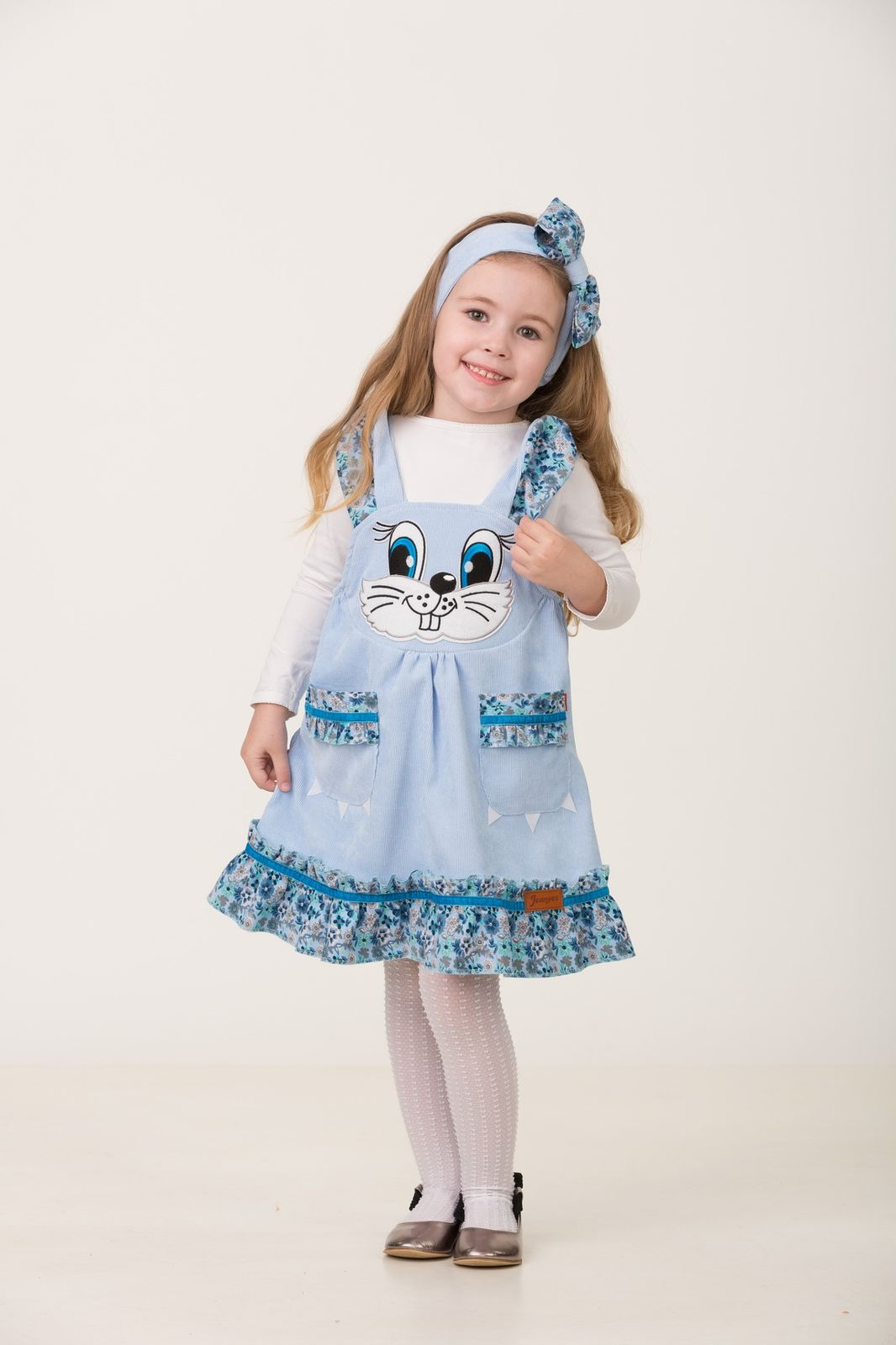 Карнавальный костюм Jeanees Зайка Капризка, цвет: голубой. Размер: 24 карнавальный костюм jeanees зайка капризка цвет голубой размер 30