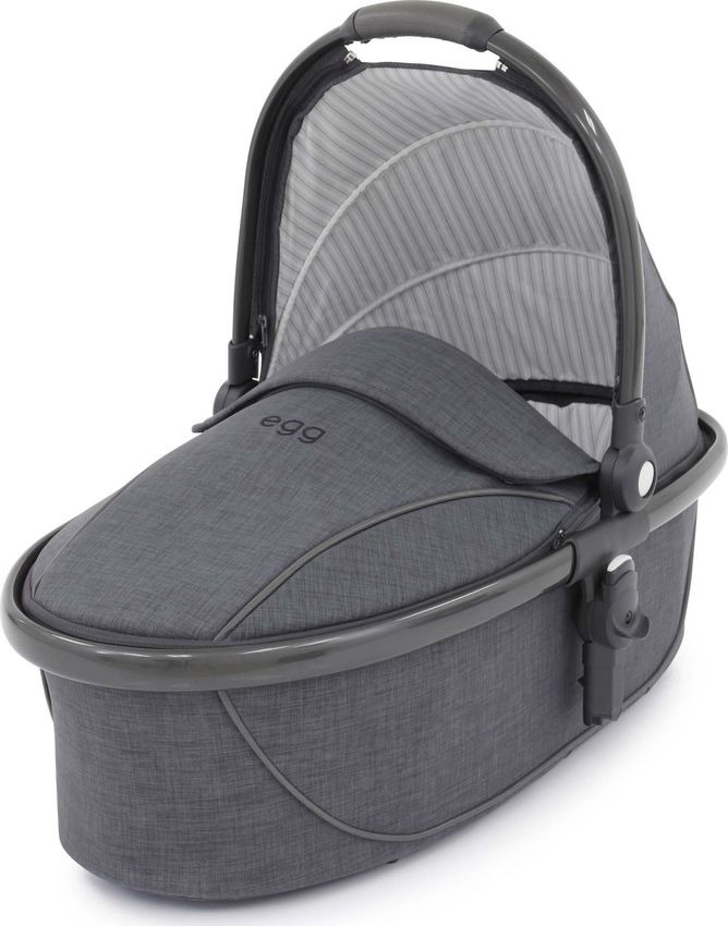 Люлька для коляски Egg Carrycot Quantum Grey & Gun Metal Frame люлька egg carrycot quantum grey