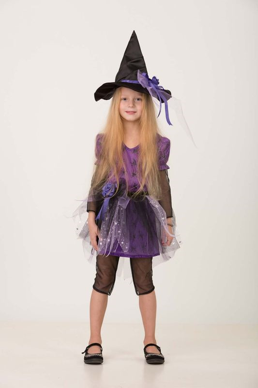 Карнавальный костюм Батик Ведьмочка 1, цвет: черный. Размер: 368075-36Этот детский карнавальный костюм подойдет девочке, которая верит в сказки и не боится волшебства.