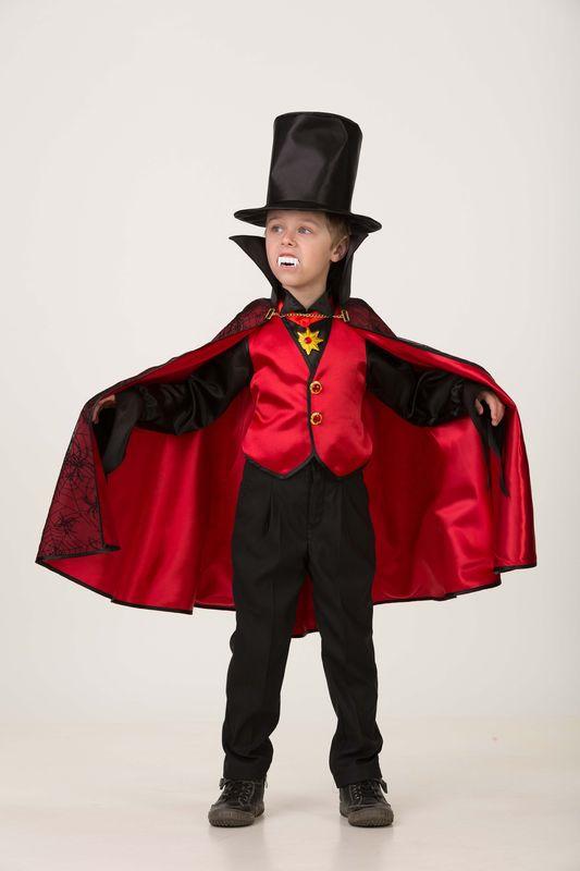 Карнавальный костюм Батик Дракула красный, цвет: черный. Размер: 388078-38Вампиры - одни из самых популярных и модных персонажей в наше время. Очаровательный вампир «Дракула» от ГК «Батик» будет выглядеть стильно и изысканно во все времена! На рост 152.