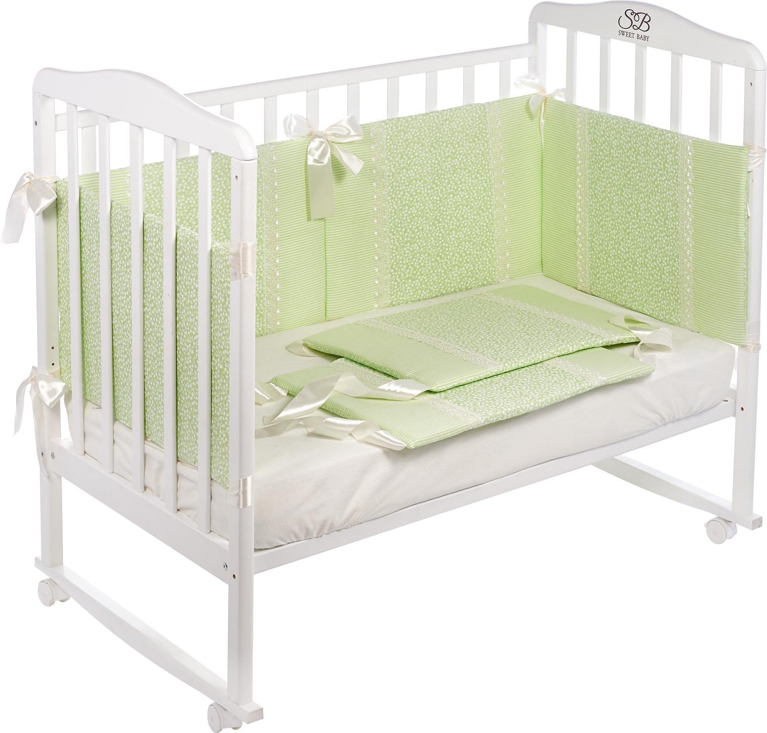 Бортики в кроватку Sweet Baby Fiore, 419052, светло-зеленый, 6 частей419052Ткань: бязь, 100% хлопок. Высота 40 см, 6 частей. Съемные чехлы. Наполнитель: плотный холлофайбер. Украшение кружевом, завязки-атласные ленты. Упаковка-сумочка с замочком