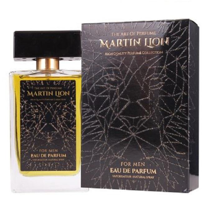Парфюмерная вода Martin Lion H1983144Сумерки Martin Lion H19Стильный и гармоничный аромат для активных, конкурентоспособных мужчин, которые процветают в сложных ситуациях, требующих риска. Стремительность, жажда движения, наслаждение игрой - вот девиз аромата. Удивительные сочетания звучаний фруктов, пряностей, древесных оттенков позволяют аромату раскрывать свою изумительную чувственность и подвижность. Свежие сочные зеленые яблочные ноты окружены нотами чистоты в верхней части. В сердце гармоничный диалог листьев жасмина, которые подарят ощущение предвкушения будущих побед и кедра, придающего уверенность в своих возможностях. Искристые и дурманящие оттенки пачули, элегантное звучание белого мускуса и древесных нот составляют харизматичную основу, завораживающую притягательной чувственностью.Группа ароматов: древесно-цветочный, шлейфовыйСтойкость – очень высокаяВерхние ноты – фруктовые: зеленое яблоко, ноты свежестиСредние ноты – цветочно-древесные: жасмина и кедраБазовые ноты – древесные: пачули, белый мускус и древесные ноты
