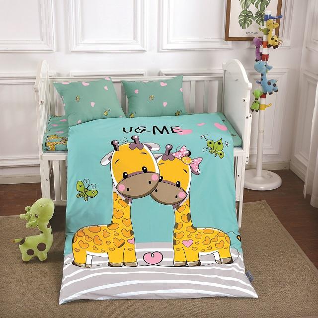 Комплект в кроватку DO&CO КПБ Сатин 100X150 GURAFFE, 10042