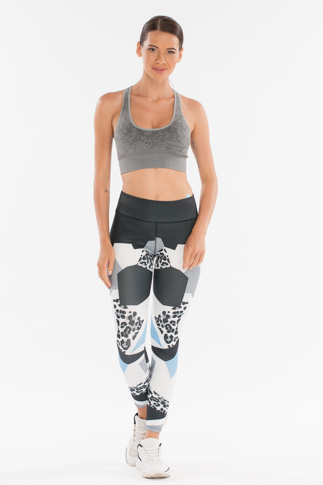 Леггинсы женские Morera, цвет: многоцветный, черный, белый, голубой. Размер S93056 BLUE/WHITE (S)Леггинсы для фитнеса, спорта и бега.