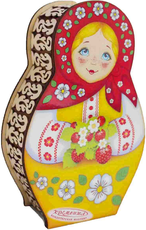 Конфеты в шкатулке Кремлина Матрешка с ягодами вишня в шоколадной глазури, 200 г кремлина зимние катания конфеты вишня в шоколадной глазури в футляре для очков 40 г