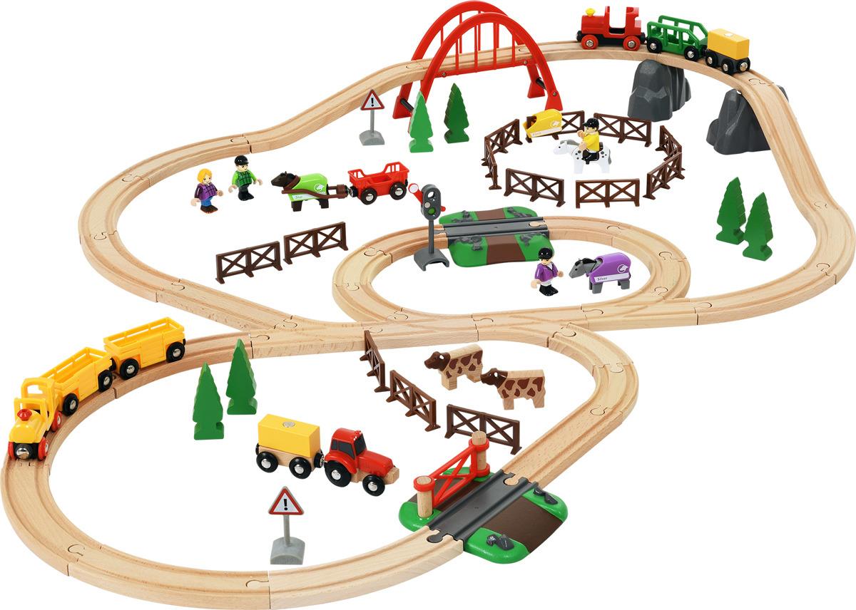 Игровой набор Brio Загородная жизнь, 3351633516Он настоящий? Мини-город Загородная жизнь обещает невероятно познавательный досуг ребенка. Множество мелких деталей способствуют развитию моторики, пространственного мышления и фантазии ребенка. В комплект входит ветвистая железная дорога, два локомотива с красочными вагонами в тематическом дизайне, крутой красный мост, два переезда со шлагбаумами. Для ландшафта вне рельс предназначены многочисленные деревья, животные, люди и промышленные машины. Набор является универсальным подарком как для мальчиков, так и для девочек. Поиграем? Рекомендуем!