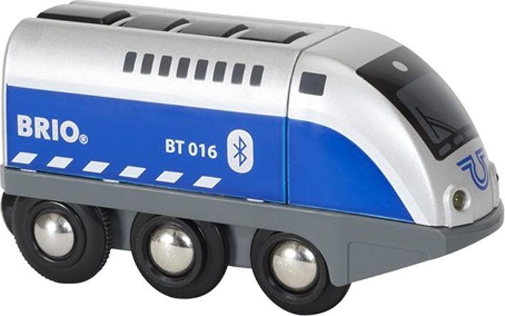 Игровой набор Brio Паровозик, 33863, со световыми и звуковыми эффектами набор игровой со светозвуковыми эффектами brio парк развлечений 33740