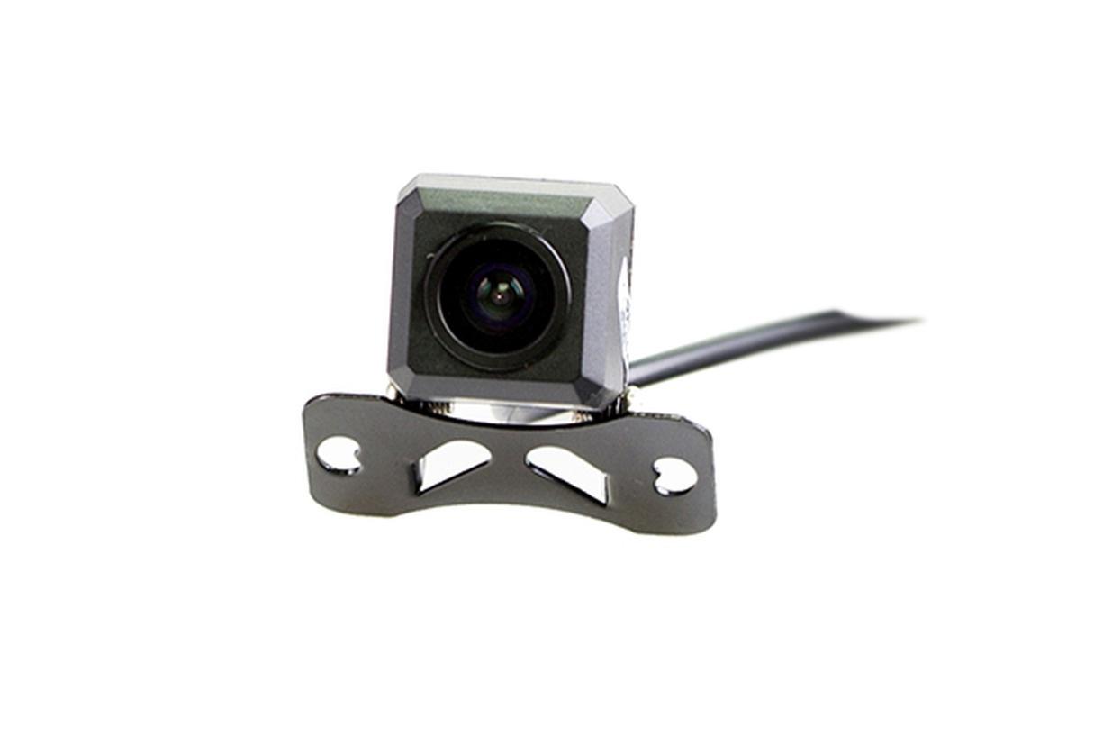 Камера заднего вида Silverstone F1 IP-551 (с разметкой)BAT002Камера заднего вида Interpower IP-551 проста в установке и незаметна, что позволяет избежать ее кражи или повреждения. Разрешение в 480 линий и широкий угол обзора 100° дают полную информацию всего происходящего сзади, при этом класс пыле- и влагозащиты IP68 позволяет не беспокоиться за сохранность камеры в жестких условиях российских дорог. Особенности видеосъемки: автоматическое изменение экспозиции, AWB, AGC, автоматическое обнаружение бликов и удаление В комплекте: Цветная камера заднего вида Провода подключения Инструкция