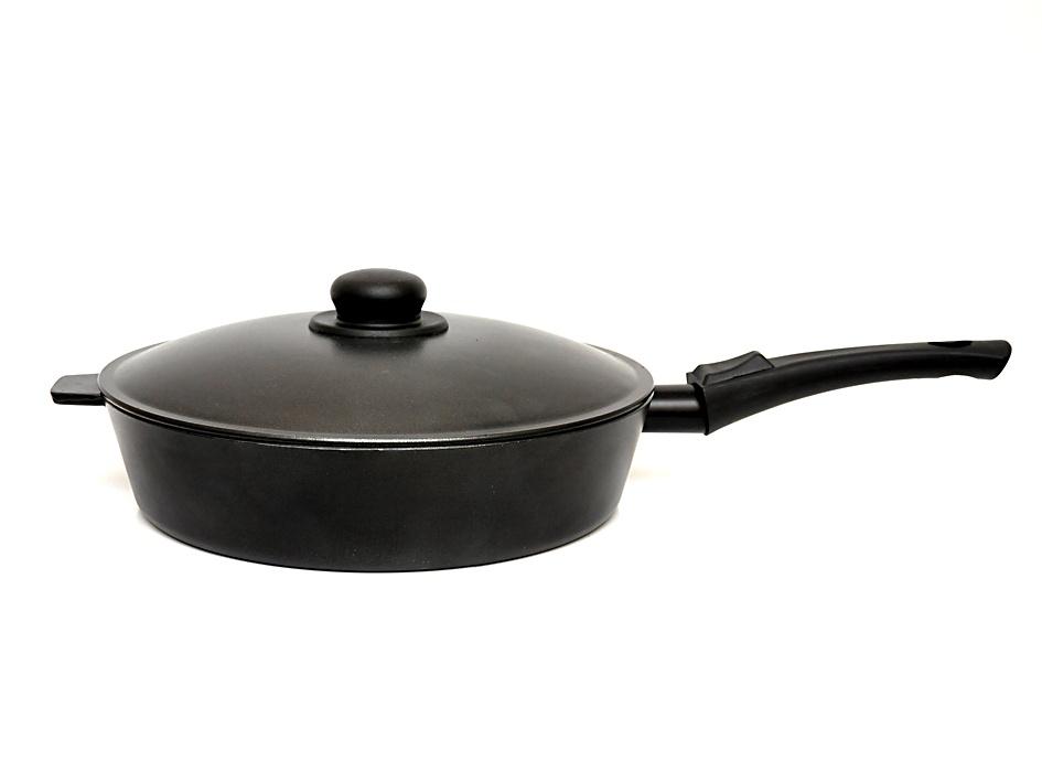 Сковорода Алита Хозяюшка с крышкой, 13401, черный, диаметр 28 см сковорода алита гриль 18401 черный диаметр 26 см