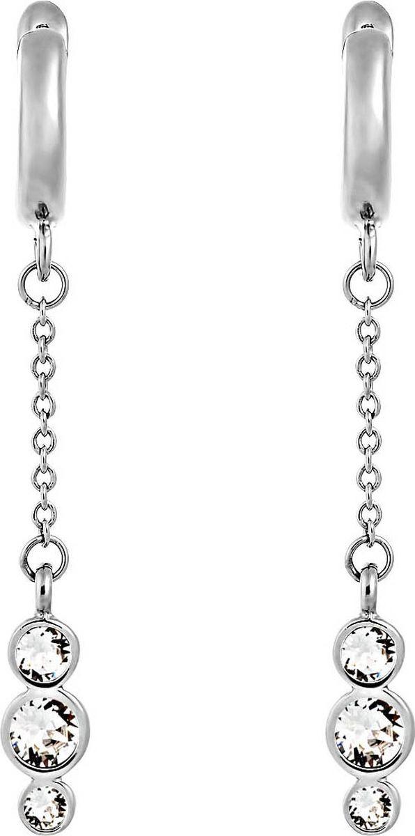 Серьги бижутерные Mademoiselle Jolie Lea Soir, Кристаллы Swarovski, Латунь, Родий, Кристалл Swarovski, 4 см, серебристый, прозрачныйСерьги с подвескамиУдлиненные серьги с прозрачными кристаллами Swarovski сочетают в себе стильные серьги-кольца и изысканные цепочки, покрытые родием-благородным металлом платиновой группы. Сверкающее трио кристаллов отличается запоминающимся дизайном и легко сочетается с другими украшениями Lea. Детали: серьги-кольца с английским замком, цепочка с дорожкой из кристаллов Swarovski огранки бриллиант. Застежка: английский замок. Размер: 4 см. Украшение в комплекте имеет фирменный футляр с золотым тиснением и Сертификат подлинности. По индивидуальному защитному коду на этикетке можно проверить подлинность украшения на официальном сайте Swarovski.
