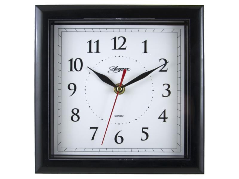 Настенные часы APEYRON electrics PL 02.002, черныйPL 02.002Часы настенные Apeyron PL 02.002 привлекают внимание большими цифрами и черными стрелками на белом фоне. Аксессуар оснащен пластиковым корпусом и черной рамкой. Время отображается на квадратном циферблате. Для работы требуется наличие одной батарейки AA-типа.Модель Apeyron PL 02.002 весит 320 г и обладает габаритами 210x210x30 мм. Обеспечивается плавный бесшумный ход. В основе применяется кварцевый механизм, способствующий длительному сроку службы. Поставка осуществляется с необходимой документацией.