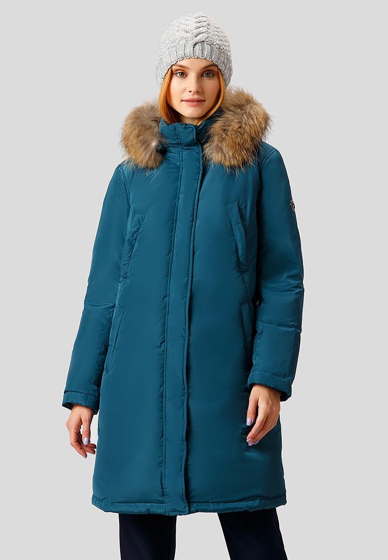 Пальто Finn-Flare W18-12032 142 L(170-96-102) темно-синий, 48 размерW18-12032 142 L(170-96-102)Утепленное пуховое пальто прямого кроя с капюшоном с опушкой из натурального меха енота. Под передней планкой находится застежка на молнию и кнопки, что обеспечит двойную защиту в ветреную погоду. Пальто выполнено из современной ткани с эффектом памяти формы. Изделие легко принимает желаемую форму и сохраняет ее в процессе носки, что обеспечивает формоустойчивость и красивый внешний вид.