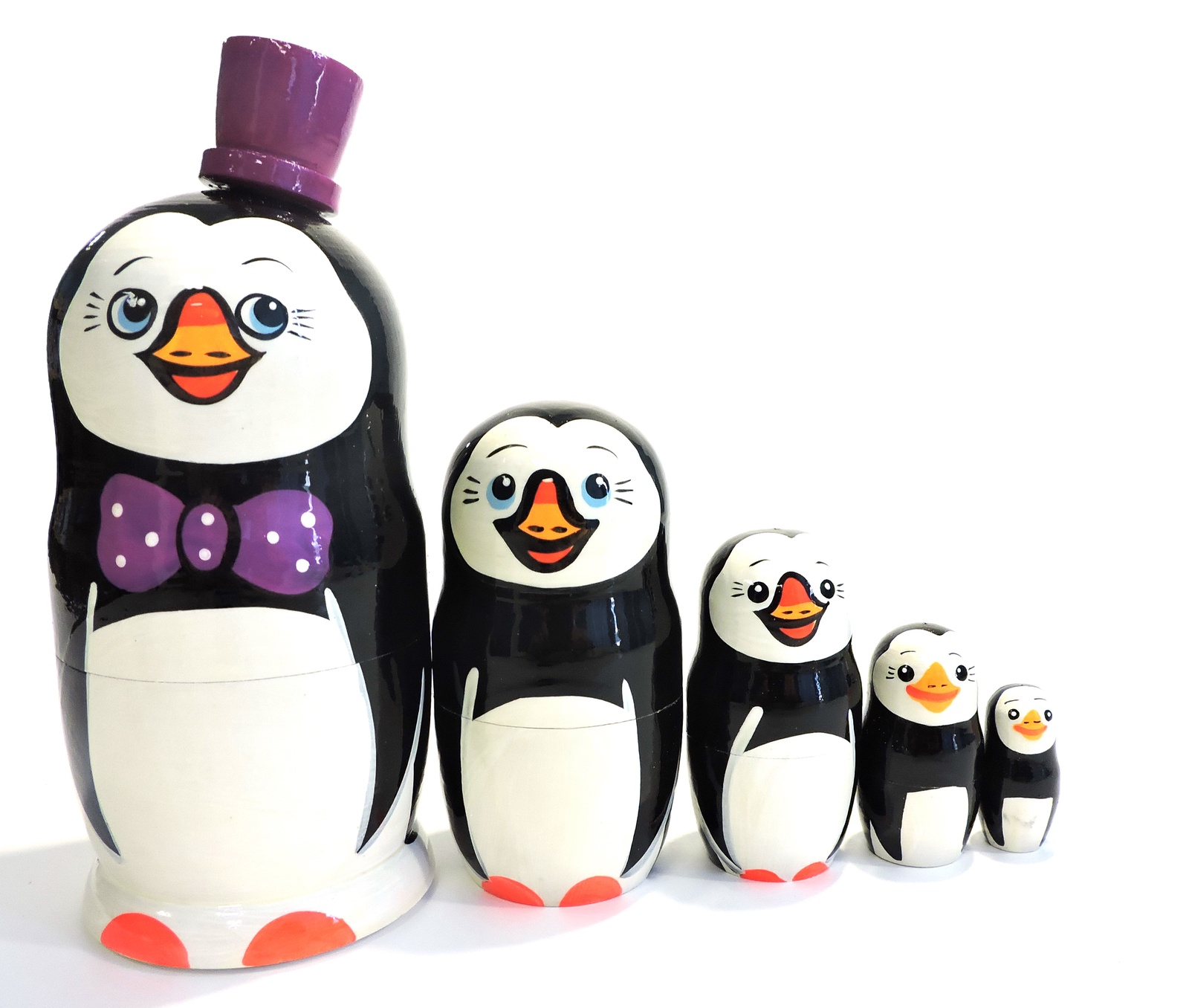 Матрешка Taowa Пингвины, из 5 кукол, 045-127-5, фиолетовый, черный, 7,5 х 7,5 х 17,5 см цена