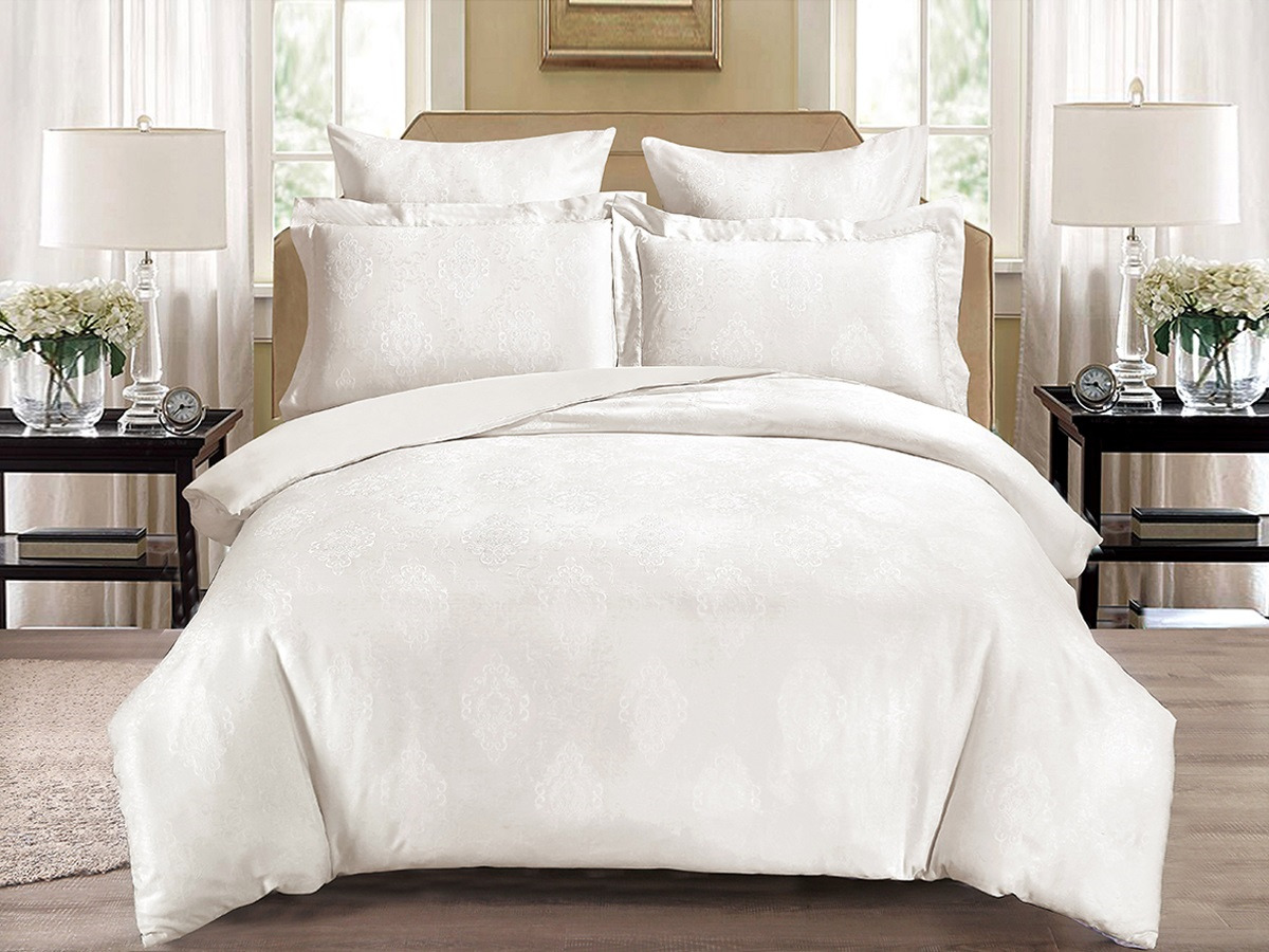 цена Комплект постельного белья Cleo Soft Cotton, евро, 31/005-SC, белый, наволочки 50х70, 70х70 онлайн в 2017 году
