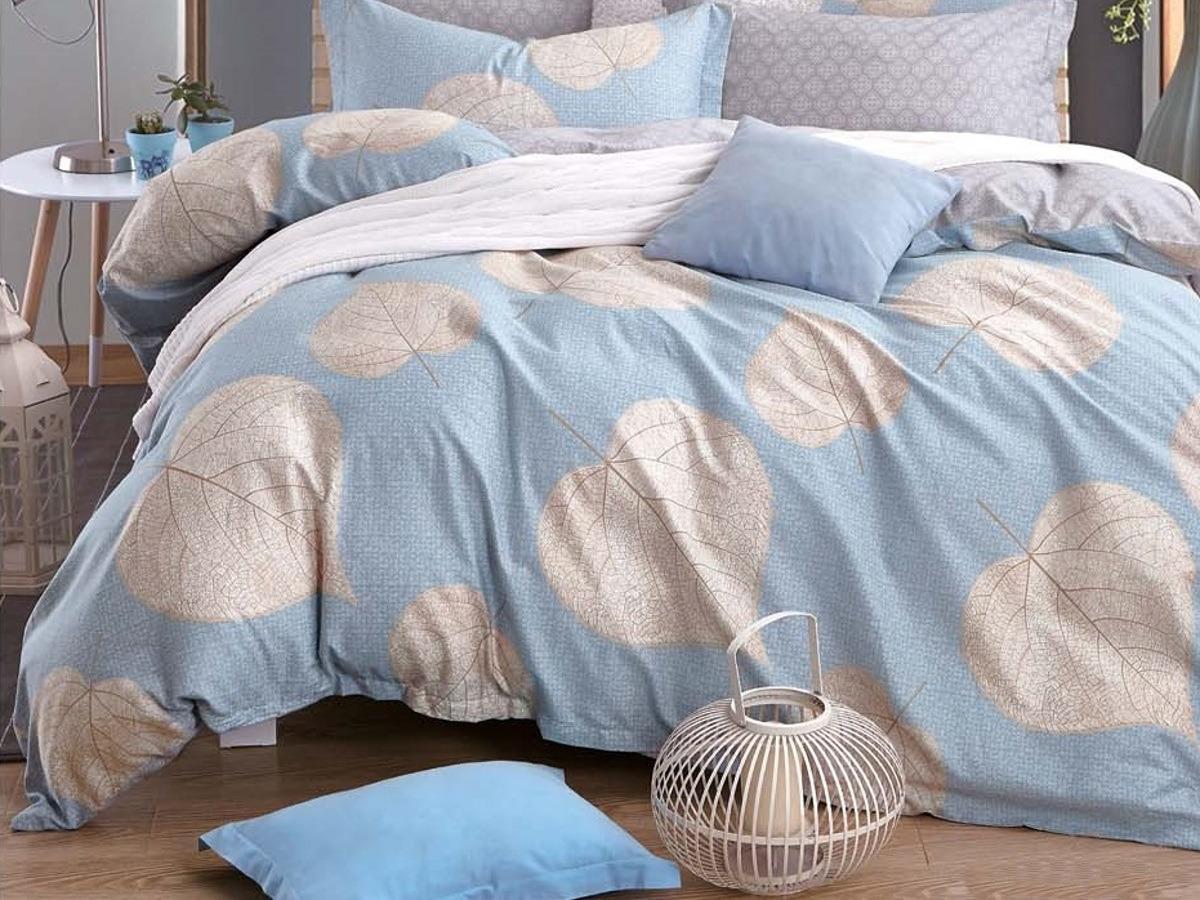 Комплект постельного белья Cleo Satin Lux Осиновый лист, 1,5-спальный, 15/370-SL, голубой, бежевый, наволочки 70x70 постельное белье cleo satin lux 15 299 sl комплект 1 5 спальный сатин