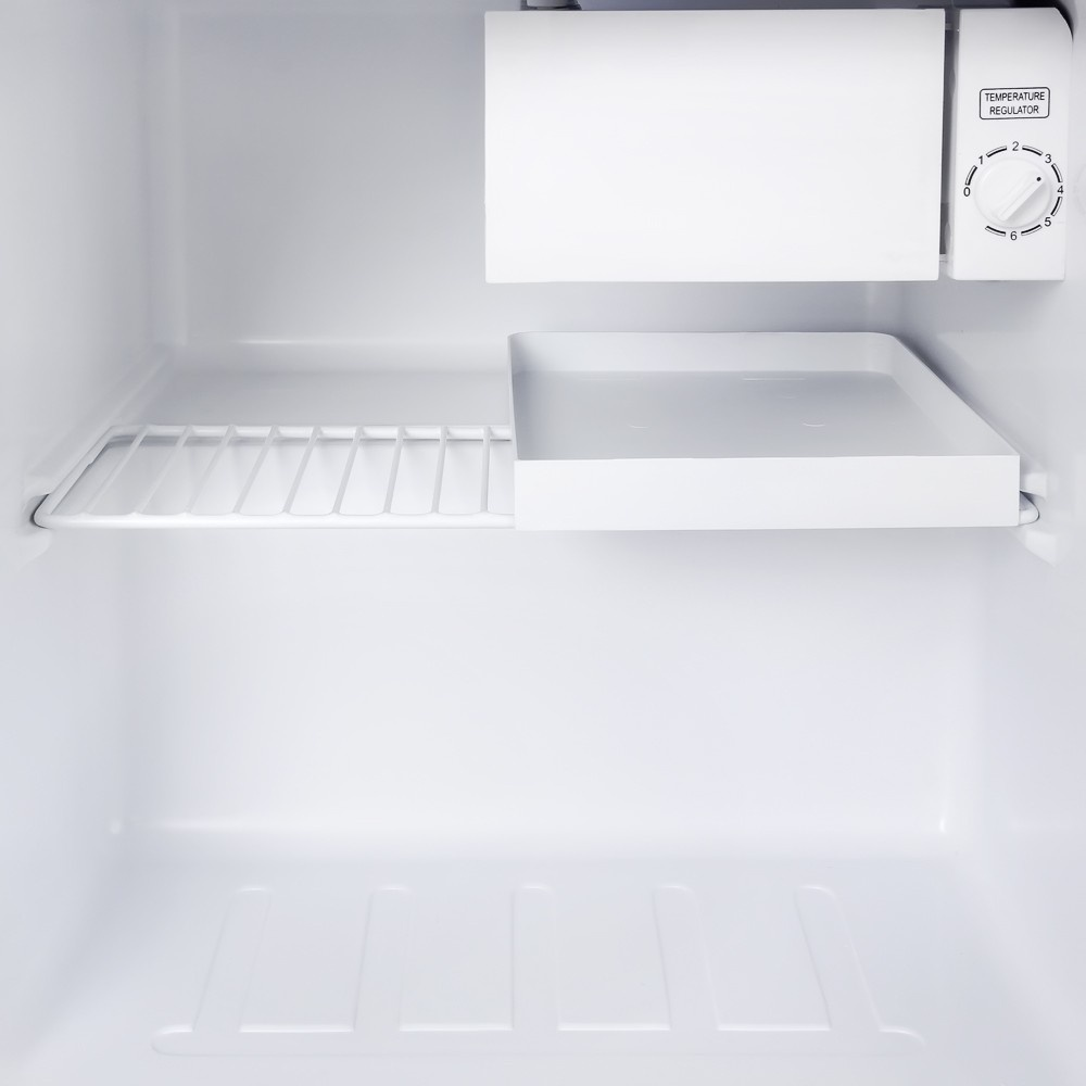Холодильник TESLER RC-55 SILVER Tesler