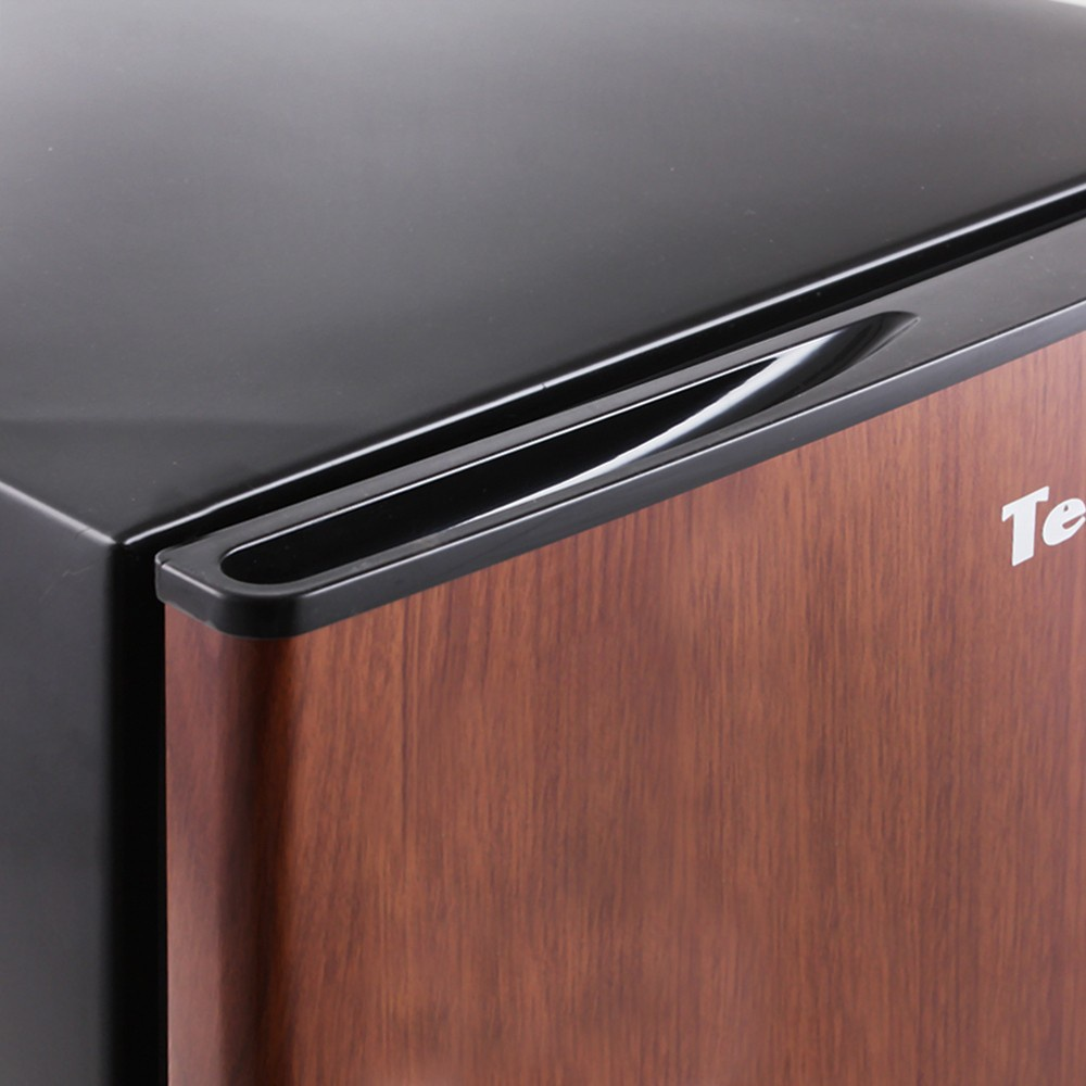 Холодильник TESLER RC-73 WOOD Tesler
