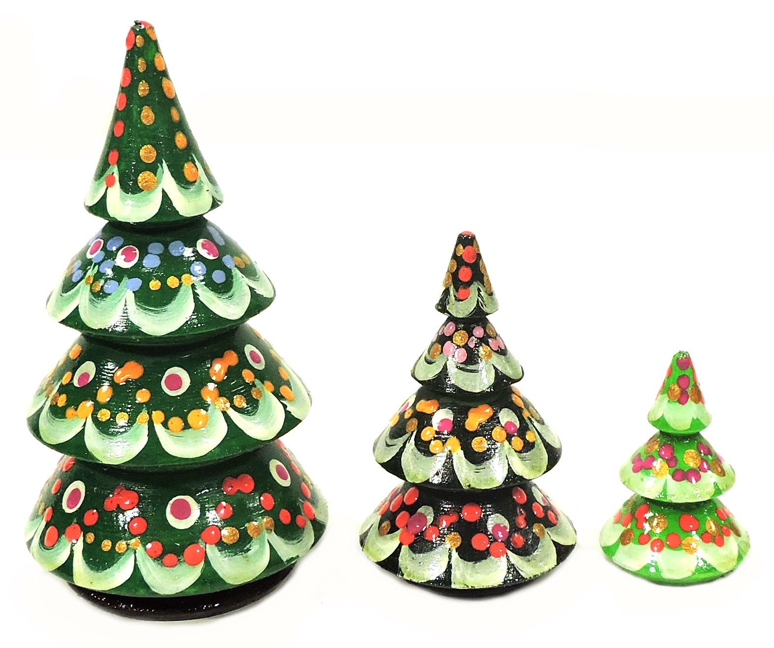 Статуэтка Taowa Елочки, зеленый027-9011-3Это чудесное дополнение новогоднего чуда. Сувенир создаст праздничное настроение. В набор входят фигурки трех елочек с новогодним узором. Набор сделан из натурального дерева и покрыт безопасными красками. Изделие ручной работы, поэтому могут присутствовать незначительные расхождения в дизайне с фото. Диаметр 40 мм, высота 100 мм, вес 60 гр.