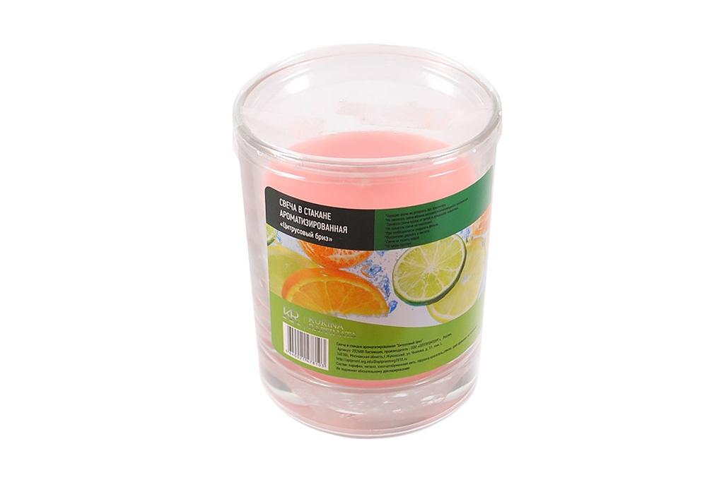 Свеча ароматизированная Kukina Raffinata Свеча в стакане ароматизированная Цитрусовый бриз свеча ароматизированная cv tample lights в кокосе с ароматом цитронеллы