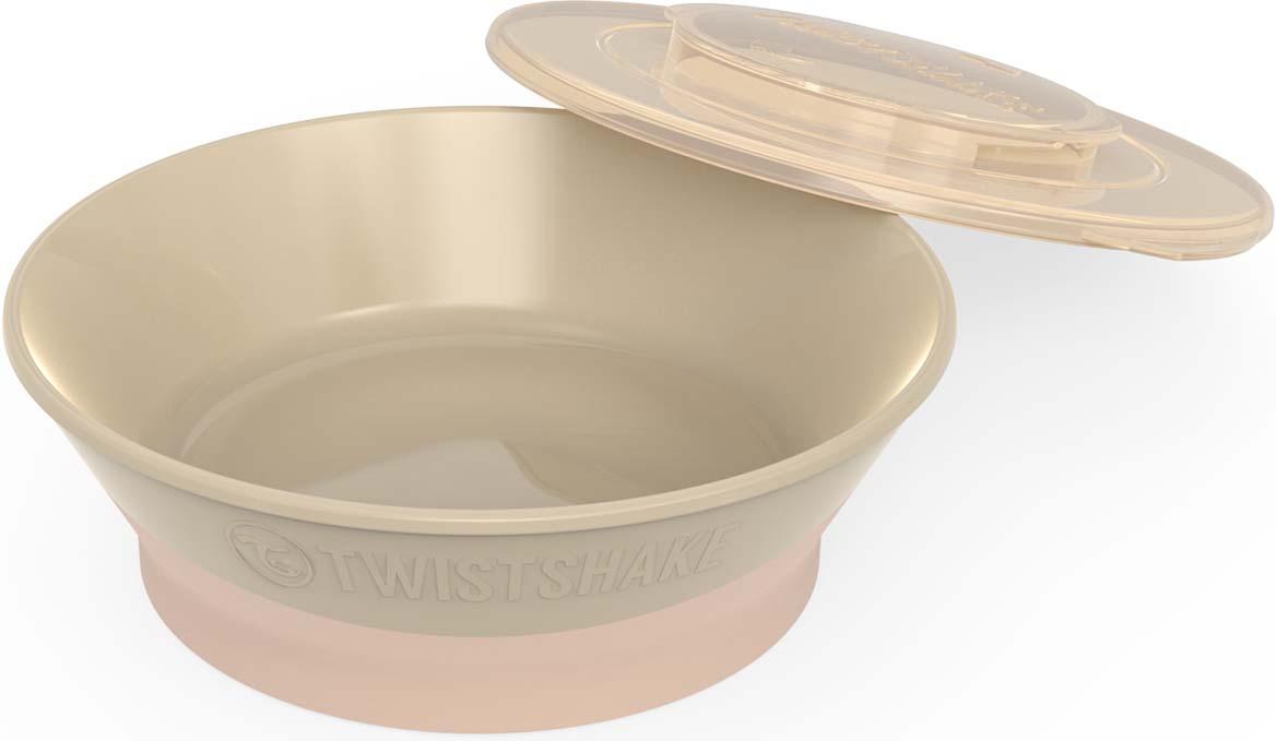 Миска Twistshake Pastel детская, 78153, бежевый, 570 мл78153Новая серия посуды Twistshake разработана специально для комфортного кормления ребёнка.Нижняя часть миски изготовлена из нескользящего материала, а значит ребёнок не опрокинет случайно на стол всё её содержимое. В комплекте у всех тарелок есть «умная» крышка. Она превращает тарелку в герметичный контейнер, который удобно брать с собой на прогулку, в поездку или просто использовать для хранения.Тарелки Twistshake не займут у вас много места в шкафу или холодильнике - просто скрепите две или более тарелок вместе с помощью уникального крепления TWISTCLICK. Форма тарелок идеально сочетается со всеми столовыми приборами Twistshake.