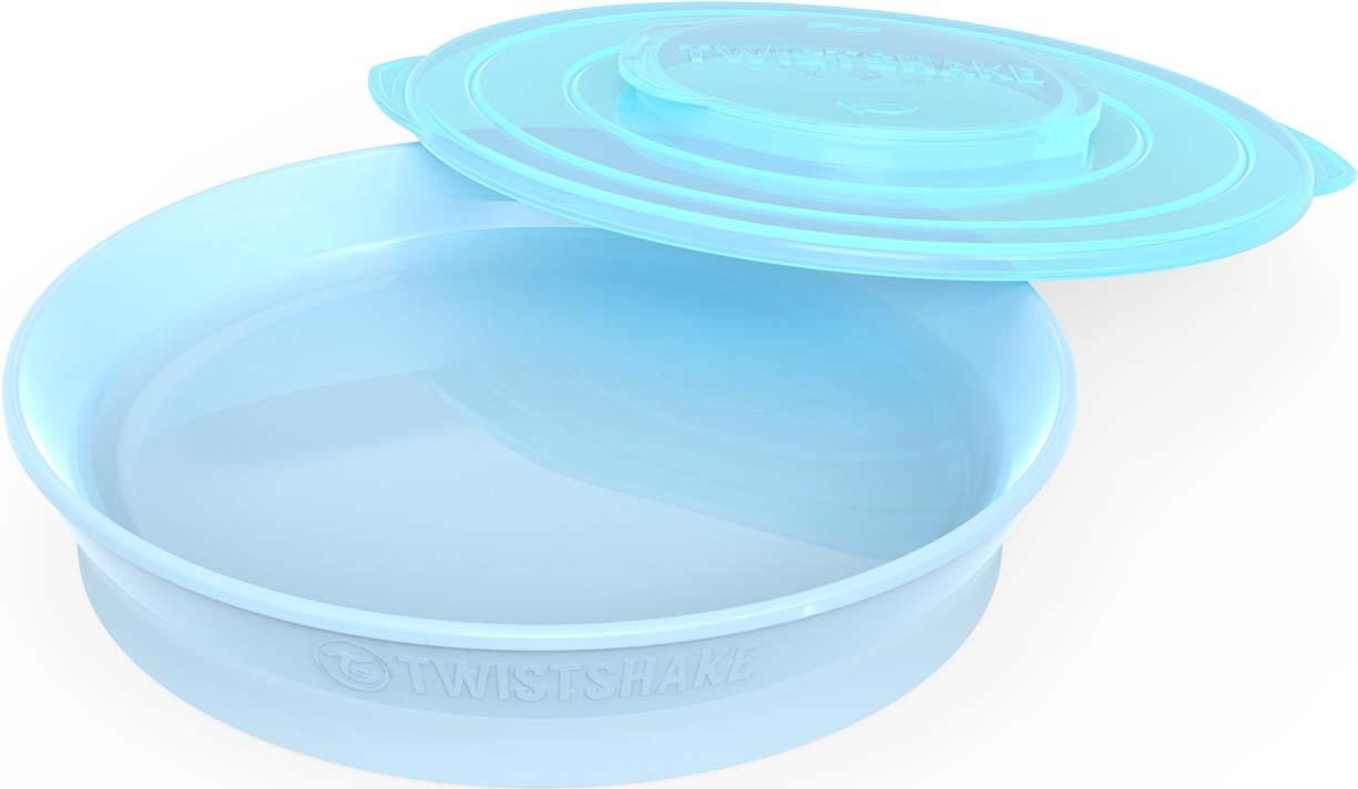 Тарелка Twistshake Pastel детская, 78160, синий, 430 мл78160Новая серия посуды Twistshake разработана специально для комфортного кормления ребёнка.Нижняя часть тарелки изготовлена из нескользящего материала, а значит ребёнок не опрокинет случайно на стол всё её содержимое. В комплекте у всех тарелок есть «умная» крышка. Она превращает тарелку в герметичный контейнер, который удобно брать с собой на прогулку, в поездку или просто использовать для хранения.Тарелки Twistshake не займут у вас много места в шкафу или холодильнике - просто скрепите две или более тарелок вместе с помощью уникального крепления TWISTCLICK. Форма тарелок идеально сочетается со всеми столовыми приборами Twistshake.