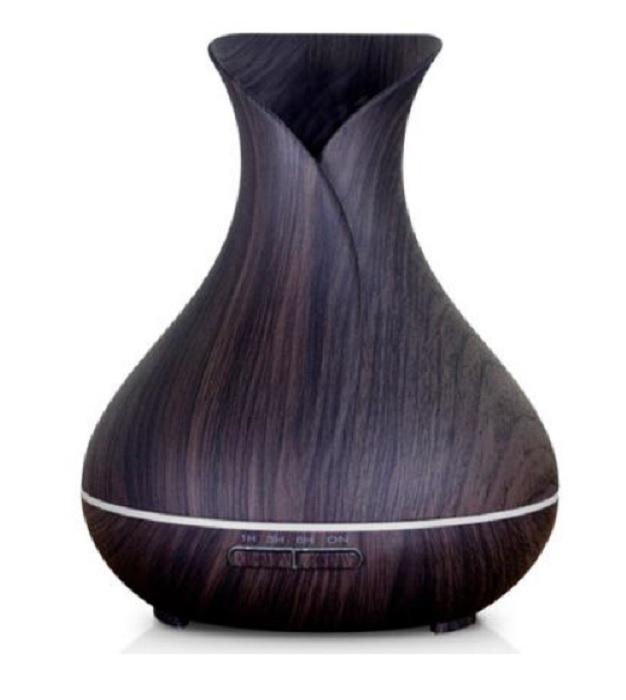 Аромадиффузор ZDK Smart aroma 15221522ynУльтразвуковой увлажнитель-аромадиффузор ZDK Smart aroma 1522 создаст здоровый, чистый и увлажненный воздух, а также благоприятную и уютную атмосферу в доме. Смарт увлажнитель выглядит очень элегантно, сочетает в себе аромадиффузор и лед лампу. Он органично впишется в декор любого дома, обеспечит теплым и мягким освещением и конечно легким и свежим ароматом. Справится с кучей проблем здоровья и самочувствия.Поможет преодолеть пик активности простудных заболеваний Вам и Вашим детям. Поможет в борьбе с хронической усталостью и постоянными стрессами. Делает приятный запах окружающей среды, очищает и увлажняет воздух. Бесшумная работа обеспечит вам и вашим детям здоровый и комфортный сон. Идеально подходит для малышей, беременным женщинам, людям аллергикам, людям с тяжелой формой астмы. Так же кто занимается спортом, йогой, в офис!!!Ухаживающим за кожейМного внимания уделяете заботе о здоровье кожи, увлажнению кожи лица в домашних условиях, много тратите на крема и маски? Увлажнитель-аромадиффузор ZDK Smart aroma 1522 позаботится о вашей коже, позволит экономить на косметике, увлажнив воздух дома. Поможет расслабиться и глубже отдохнуть после насыщенного дня. Насладиться приятным, любимым ароматом.Малышам и их мамамНасморк, кашель, сухая кожа, сыпь? Это не симптомы простуды! Это признаки сухости воздуха в доме. Поставьте его около кроватки малыша и его сон будет более спокойным, снизится вероятность дерматитов, сухости кожи и заболеваний дыхательных путей, цвет лица будет здоровы...