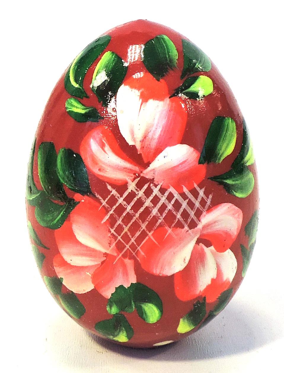 Пасхальные сувениры . Яйцо среднее красное с зеленью