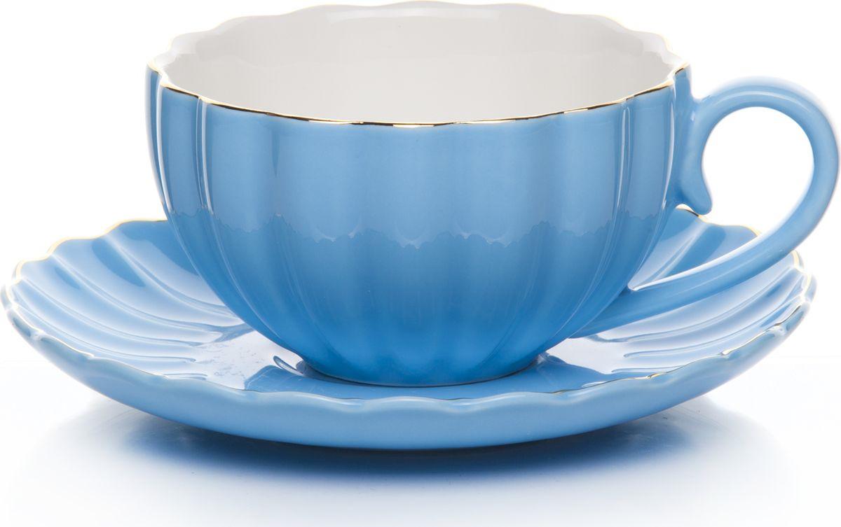 Набор чайный, на 2 персоны, C622AS622A-L3-YG01/2, голубой, 4 предметаC622AS622A-L3-YG01/2Чайный набор на 2 персоны изготовленный из высококачественного фарфора, состоит из 4 предметов –2 чашки и 2 блюдца.Чайный набор прекрасно подойдет для уютного домашнего ужина, придав ему легкий оттенок торжественности.