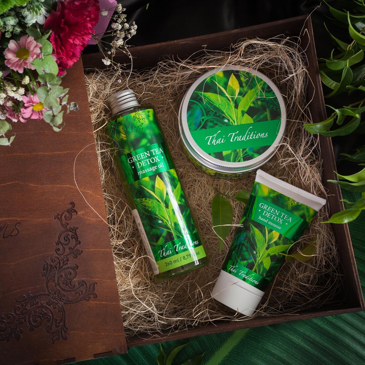 Подарочный набор для тела Зеленый Чай Детокс, Массажное масло для тела, 260 мл + Скраб-гель для тела, 200 мл + Мусс для рук, 75 мл