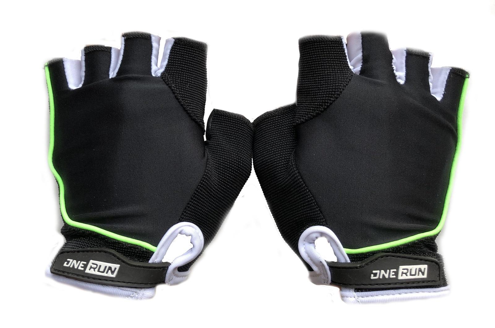 цена на Перчатки для фитнеса OneRun женские, AI-05-784-XS, зеленый, черный, размер XS