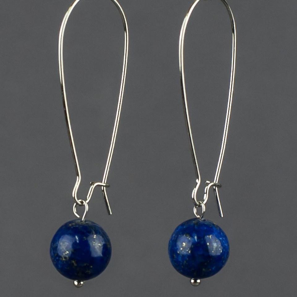 Серьги Мастерская Крутовых Фрезия, СМ-0052, синий, лазуритСерьги с подвескамиДлина сережек:5,0 см. Размер мешочка:7 х 9 см.Диаметр камня:10 мм. Восхитительный лазурит - это не просто камень, это дар добрых богов, если верить старинным легендам! Каждый бесподобный камешек лазурита действительно напоминает осколок высокого неба. Примерьте это чудесное украшение из осколков неба - почувствуйте себя истинной небесной богиней!