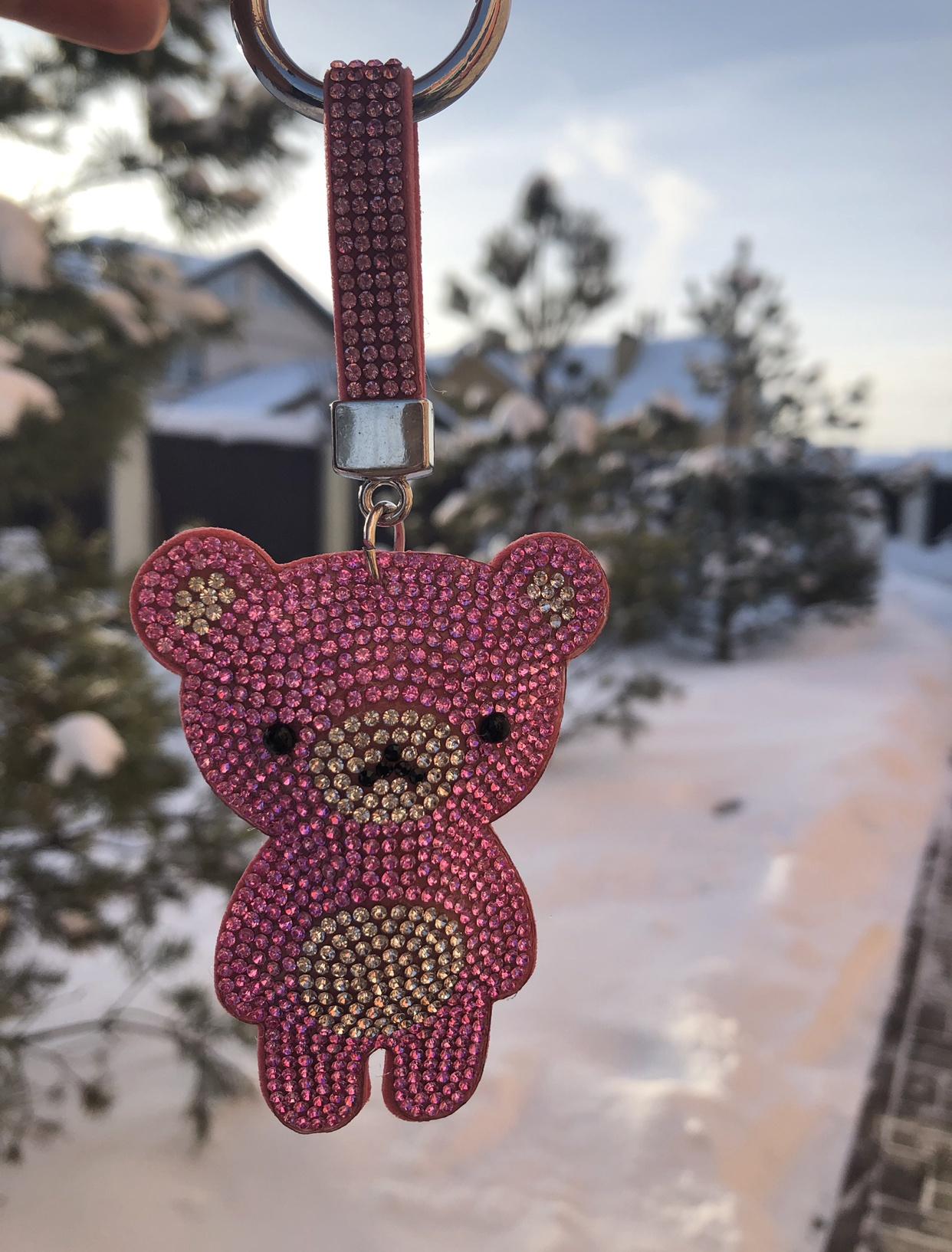 Брелок для ключей Markclub Брелок для ключей Мишка со стразами розовый, BR-224 брелок под фото