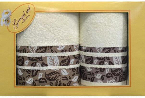Набор банных полотенец Grand Stil Набор полотенец Листопад 48*88+68*133, GS-H02nm, светло-бежевыйGS-H02nmЛицевое и банное полотенца в подарочной коробке. Торговая Марка «Гранд стиль» производит и реализует текстиль только наивысшего качества. Мы предлагаем махровые изделия изготовленные из бамбука хлопка и модала. Дизайн разнообразен - это вышивка, печать, бордюр, аппликация, тканевые вставки, кружево, органза и даже бусины. Наши полотенца прекрасно впитывают влагу, не линяют и не выцветают даже после многократных стирок.