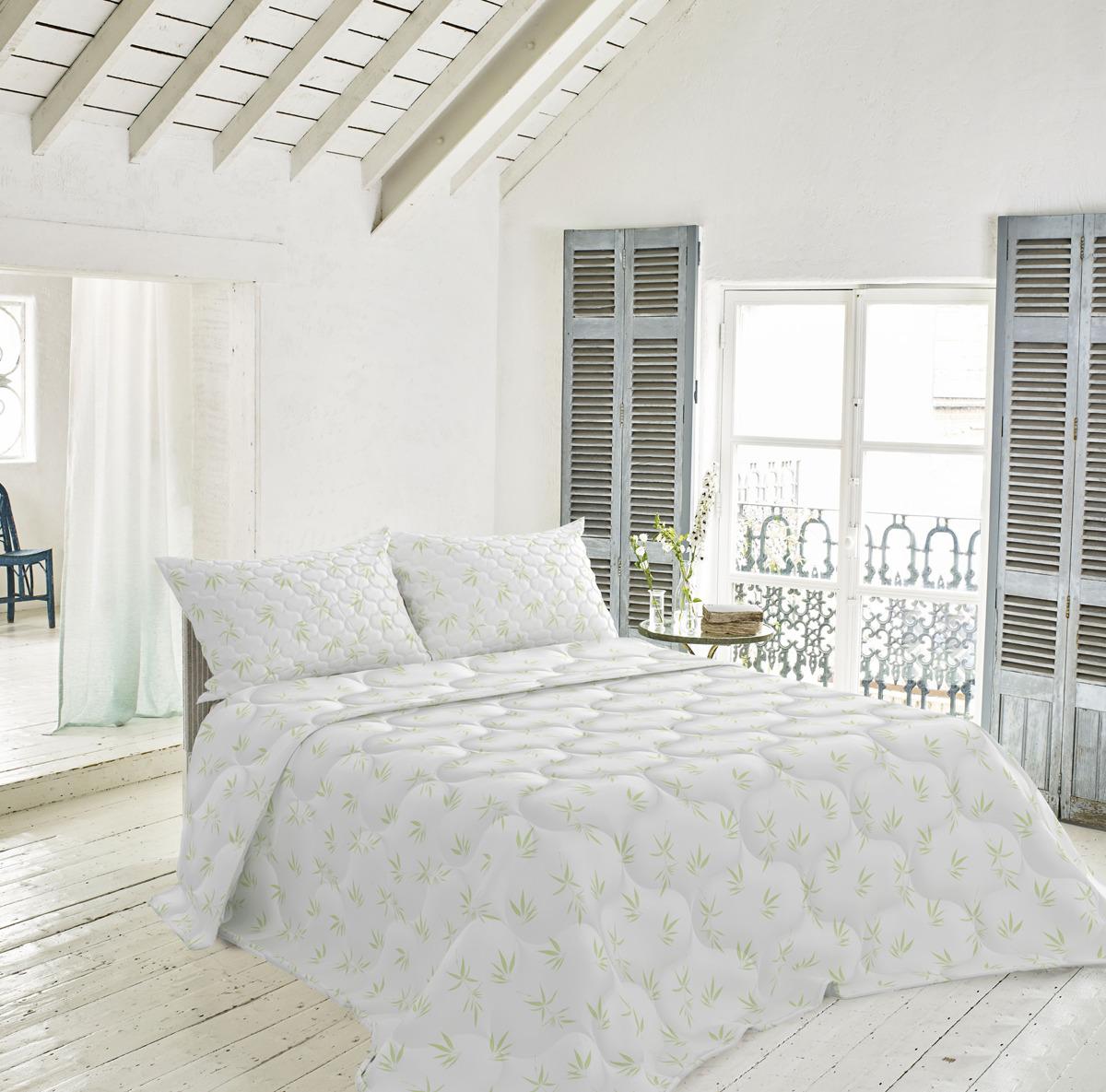 Одеяло Волшебная ночь Бамбук,бежевый, 140 х 205 см730677Уютный дом в модном стиле - легко и быстро! Все изделия из натуральной хлопковой ткани - жаккард. Жаккардовая ткань очень прочная, при этом мягкая и нежная с натуральным матовым блеском. 100% хлопок в сочетании с натуральным наполнителем из бамбукового волокна обеспечивает оптимальный теплообмен, позволяя коже дышать. Гигиенические свойства бамбука препятствуют размножению бактерий, образованию запахов, дарят ощущения легкости и свежести даже после многократных стирок.