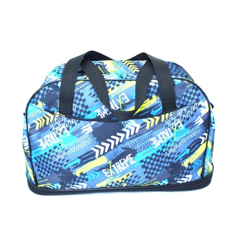 Сумка спортивная Chica Rica Fitnes, голубой, светло-зеленый, черно-серый122-056-000Легкая и удобная спортивная сумка с изменяемой высотой - идеально для походов на фитнес или для небольших путешествий. Имеет длинный регулируемый ремень, наружный и внутренний карманы на молнии для мелочей. Раскладывается на 30% с помощью круговой молнии. Высота 27(36) см.
