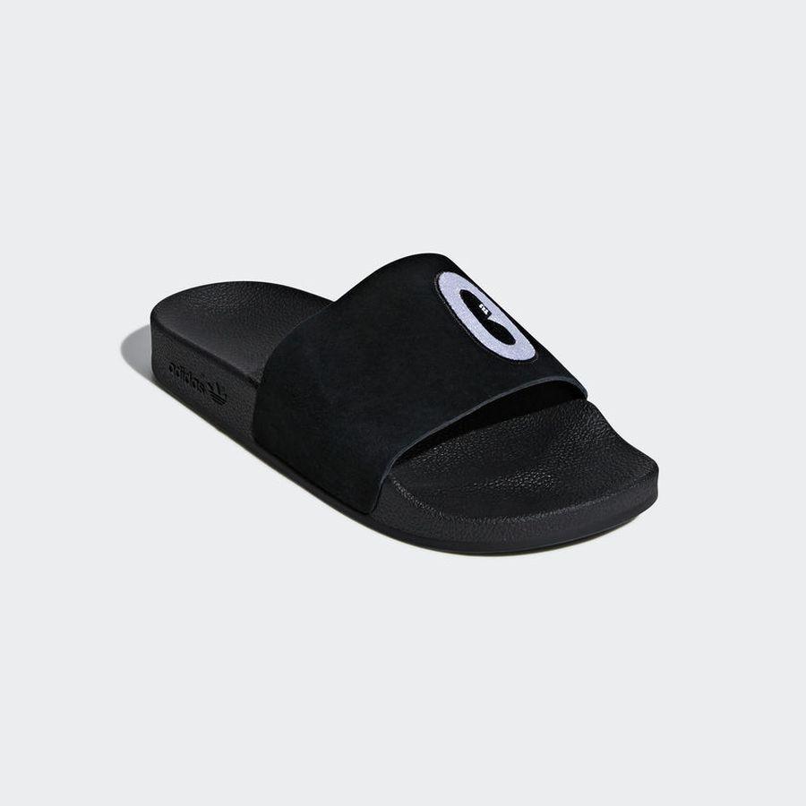 цены Шлепанцы adidas Adilette W