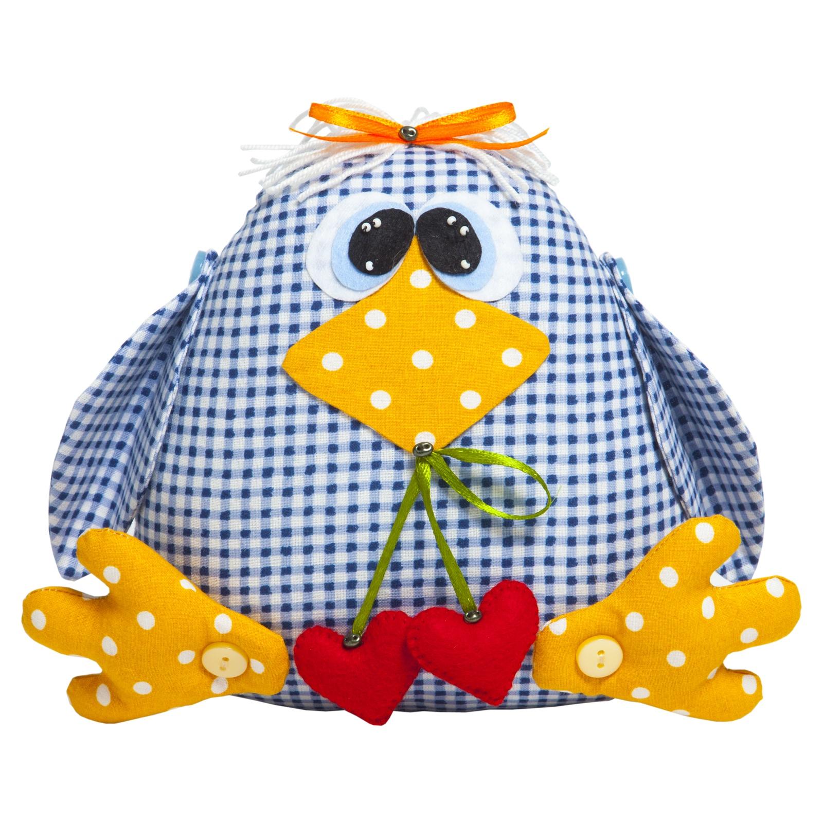 Набор для изготовления игрушки Малиновый Слон Птичка Кроша, высота 15 смТК-001Игрушки, сделанные своими руками, - забавные, смешные, добрые и необыкновенно обаятельные. Они дарят тепло и вызывают улыбку. С помощью набора Малиновый Слон «Птичка Кроша» вы самостоятельно создадите оригинальную игрушку со своим характером и историей, ведь каждая игрушка получается уникальной, даже если она сшита по готовому набору. Наша Кроша всегда в хорошем настроении и полна энергии. У нее много друзей и даже есть тайный поклонник, который подарил ей чудесные спелые ягодки в виде сердечек. Сшить игрушку совсем несложно, для этого не требуются специальные навыки, а наш набор с подробной инструкцией по шитью и качественными комплектующими сделает процесс изготовления игрушки удобным и приятным. В набор входят: ткань (100% хлопок), фетр, пуговицы, бусины, бисер, лента атласная, нитки для декорирования, игла для бисера, выкройка, подробная инструкция. Дополнительно потребуется наполнитель – синтепух (около 100г). Высота готовой игрушки: 15 см.Уровень сложности: 2 из 5.Добро пожаловать в волшебный мир рукоделия!