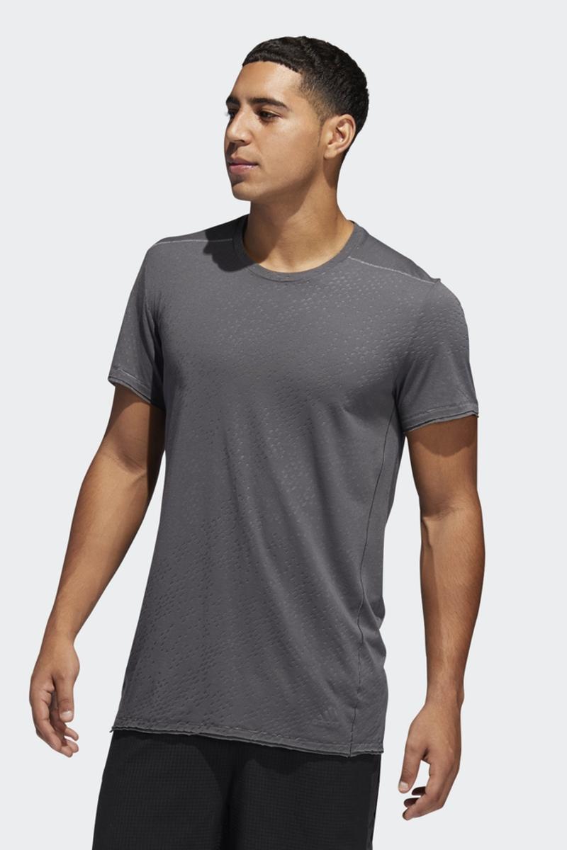 Футболка adidas Chaos Tee M футболка мужская adidas ascend tee цвет серый dw5633 размер xl 56 58