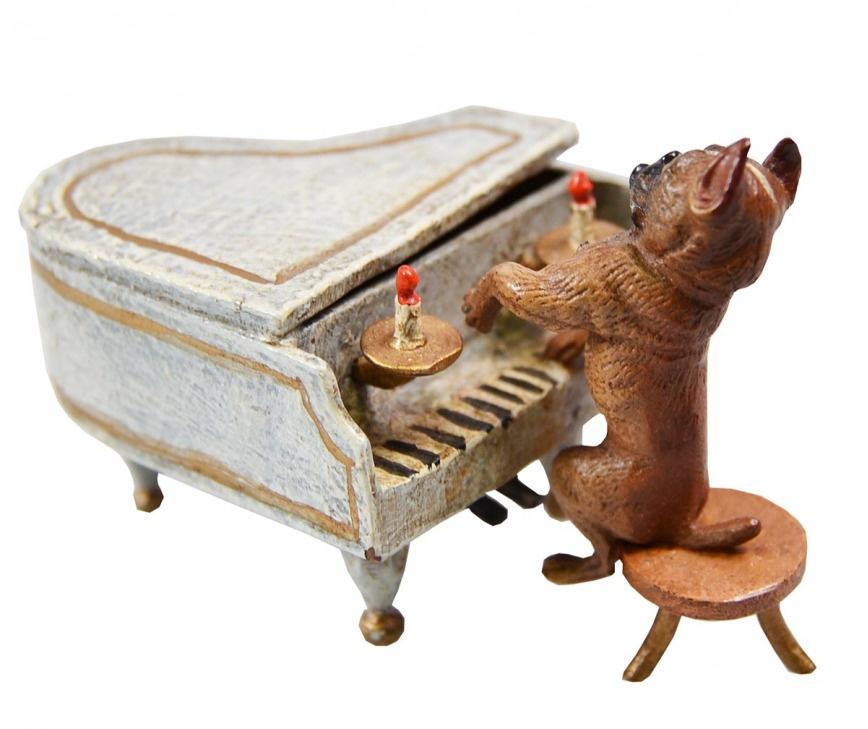 Статуэтка Мопс пианист. Венская бронза. Австрия, начало XX века
