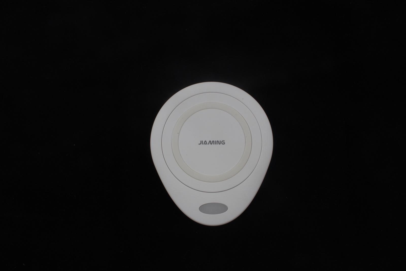 Беспроводное зарядное устройство JIA MING WX1, 4605180034195, белый четки yue ming
