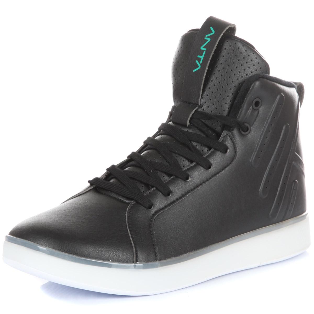 Кроссовки Anta 81841801-5-8,5, черный 40,5 размер81841801-5-8,5Баскетбольные кроссовки ANTA Basketball с верхом из искусственной кожи. Детали: отверстия для вентиляции; высокий язычок с петлей; мягкий внутренний текстиль; специальная прострочка в задней части; яркий логотип бренда.