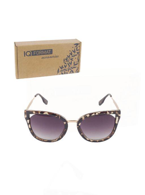 Очки солнцезащитные IQ Format 2888-5, 46271519615524627151961552Стильные солнцезащитные очки IQ Format с черно-коричневыми линзами и оправой кошачий глаз цвета леопард - стильное и яркое дополнение Вашего образа, каждый день. В комплект входит: транспортировочная картонная коробка с логотипом; пакетик. Эти очки с анималистичным принтом станут вашим любимым повседневным аксессуаром!